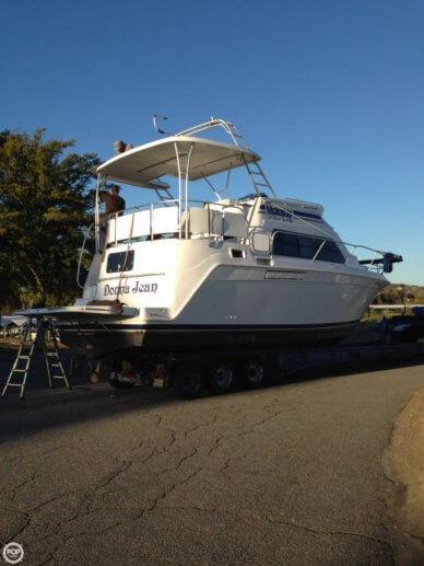 Mainship 34 Motor Yacht, 36', for sale - $83,400
