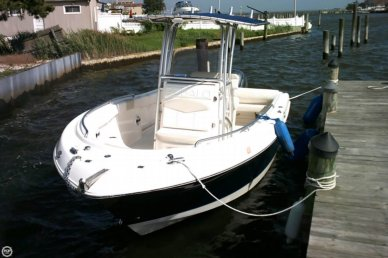 Robalo R 222, 21', for sale - $50,000