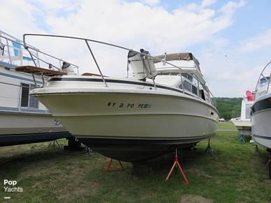 Sea Ray 300 Sedan Bridge, 30', for sale - $17,000