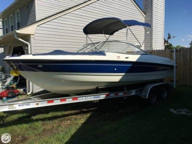 Bayliner 205, 20', for sale - $15,000