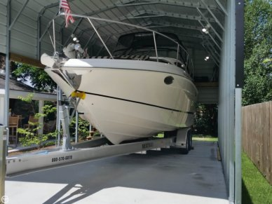 Regal 3060 Express, 31', for sale - $58,500