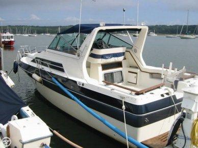 Cruisers 296 Avanti Vee, 28', for sale - $13,000