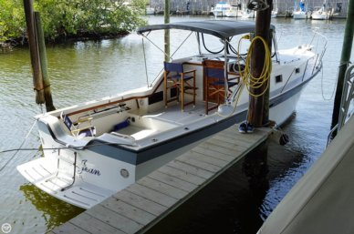 Luhrs 30 Alura, 30', for sale - $31,400