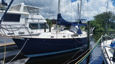 Irwin Yachts 37 Mark V, 37', for sale - $30,000