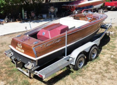 Chris-Craft 17 Deluxe Runabaout, 17, for sale - $11,500