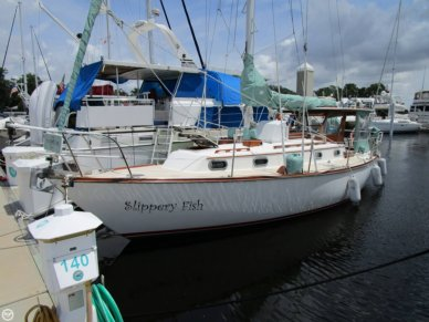 Cape Dory 33, 33', for sale - $33,000