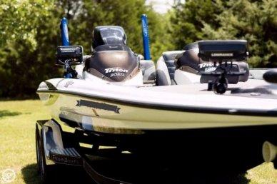 Triton 21 HP Elite, 21', for sale - $41,000