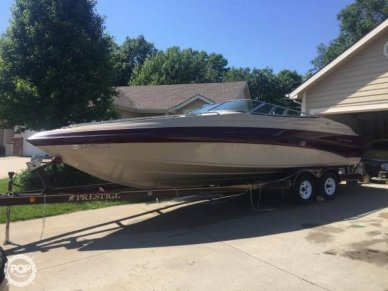 Crownline 27, 27', for sale - $27,300