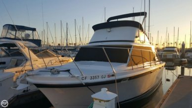 Uniflite 32 SportsFisherman, 34', for sale - $19,900
