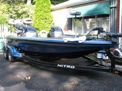 Nitro Z9, 21', for sale - $47,500