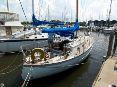 Ta Chiao 34 Fiberglass Cutter Rig Sloop, 36', for sale - $15,000