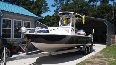 Sportsman Masters 247 Bay Boat, 24', for sale - $87,800