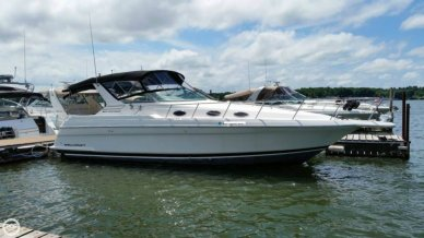 Wellcraft 3600 Martinique, 38', for sale - $60,000