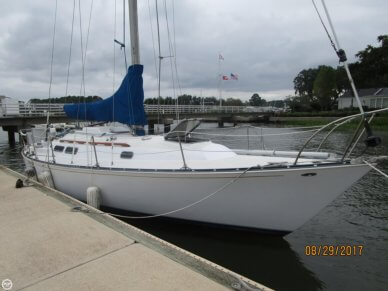 C & C Yachts 35 Mark II, 35', for sale - $22,000