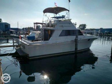 Silverton 34, 34', for sale - $21,000