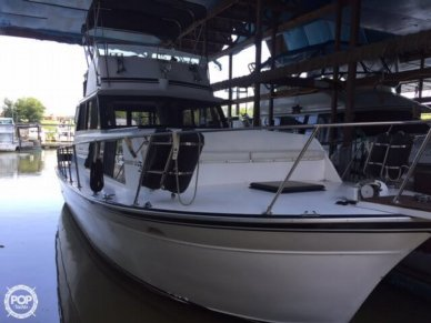 Marinette 32, 32', for sale - $30,000