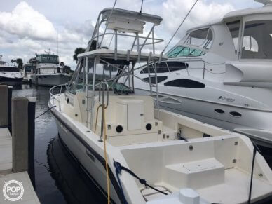 Luhrs 300 Tournament, 34', for sale - $44,400