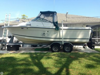 Trophy 2302, 23', for sale - $17,400
