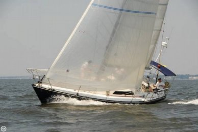 C & C Yachts 35 MK III, 35', for sale - $49,995