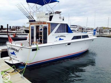 Owens 35, 35', for sale - $33,400