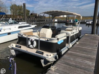 Godfrey Sweetwater 2019SC, 20', for sale - $13,950