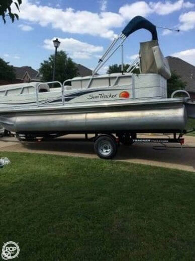 Tracker Party Barge 21, 21', for sale - $17,500