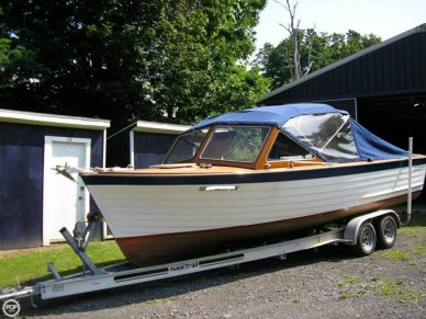 Lyman 25' Sleeper, 25', for sale