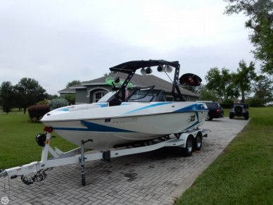 Malibu Axis T22, 21', for sale - $79,900