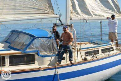 Islander 41, 41', for sale - $44,500