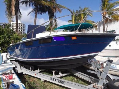 Custom 24, 24', for sale - $8,500