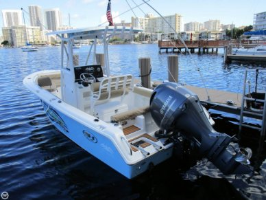 Sea Hunt Ultra 211, 21', for sale - $78,900