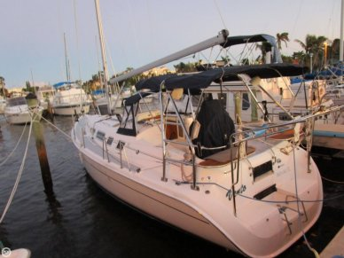 Hunter 41AC, 40', for sale - $125,600