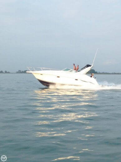 Silverton 310 Express, 32', for sale - $32,000