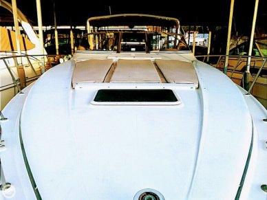 Regal 402 Commodore, 40', for sale - $55,000