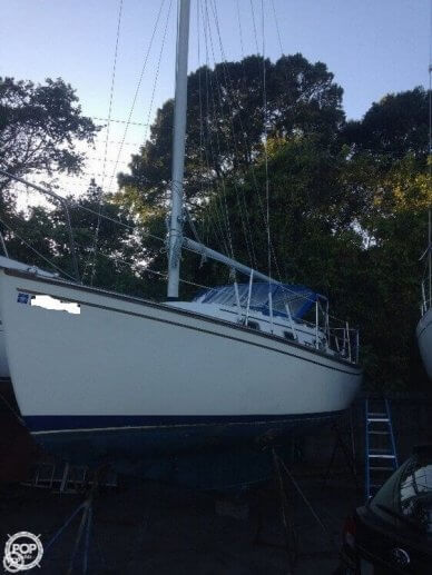 Island Packet 26 II, 29', for sale - $9,900