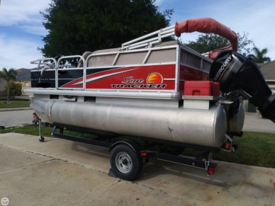 Sun Tracker Bass Buggy 16 DLX, 16', for sale - $16,995