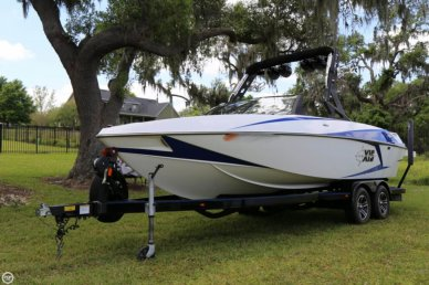 Axis Wake T22, 22', for sale - $68,900