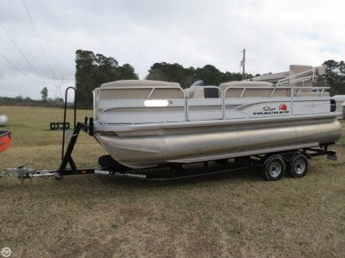 Sun Tracker Party Barge 22 RF XP3, 22', for sale - $40,500
