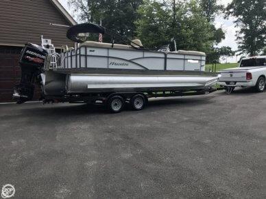 Manitou 23 Aurora VP SHP Tri-Toon, 23', for sale - $54,600