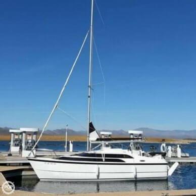 MacGregor 26M, 25', for sale - $31,900