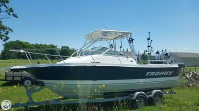 Trophy 2102, 21', for sale - $46,000