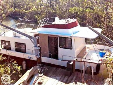Holiday 38, 38', for sale - $35,000