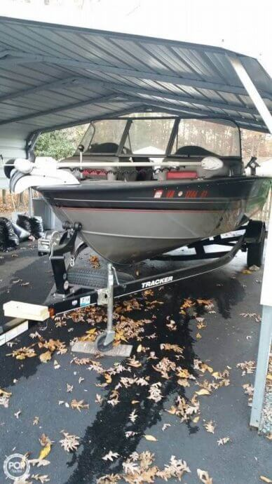 Tracker 19, 19', for sale - $24,000