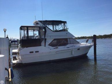 Bayliner 3587 Motoryacht, 35', for sale - $46,000