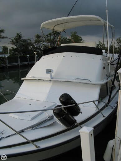 Bertram 28 Flybridge Cruiser, 28', for sale - $19,900