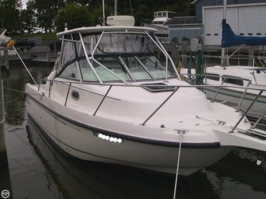 Boston Whaler 275 Conquest, 28', for sale - $69,900