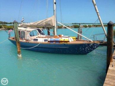 C & C Yachts 36, 35', for sale - $59,500