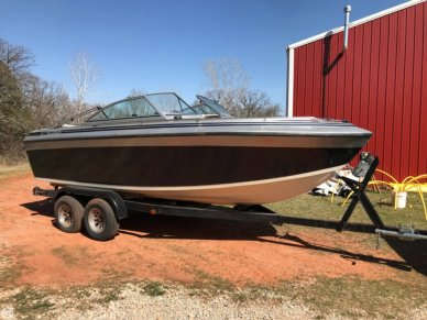 Formula Two, 19', for sale