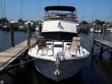 Carver 3607 Aft Cabin, 35', for sale - $37,500