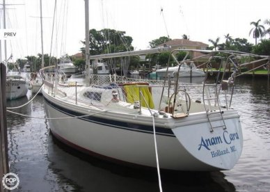 Columbia 34 Mark II, 33', for sale - $15,000